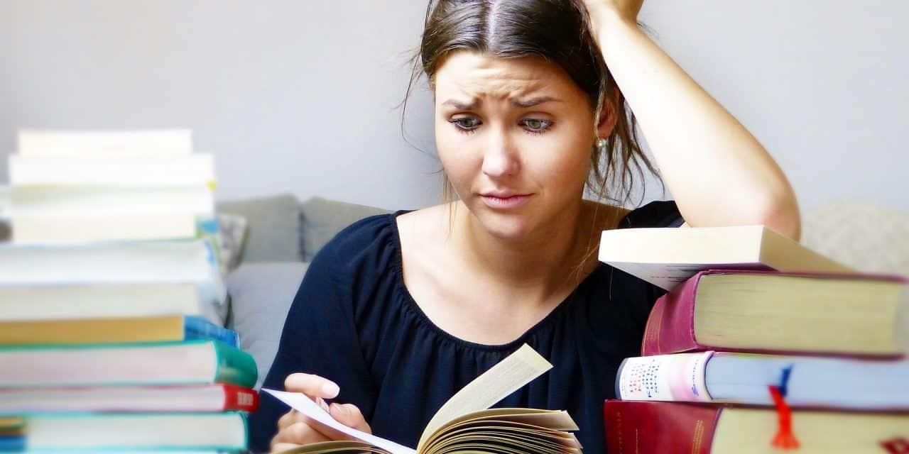 Czy trzeba mieć wykształcenie wyższe, by pracować w IT?